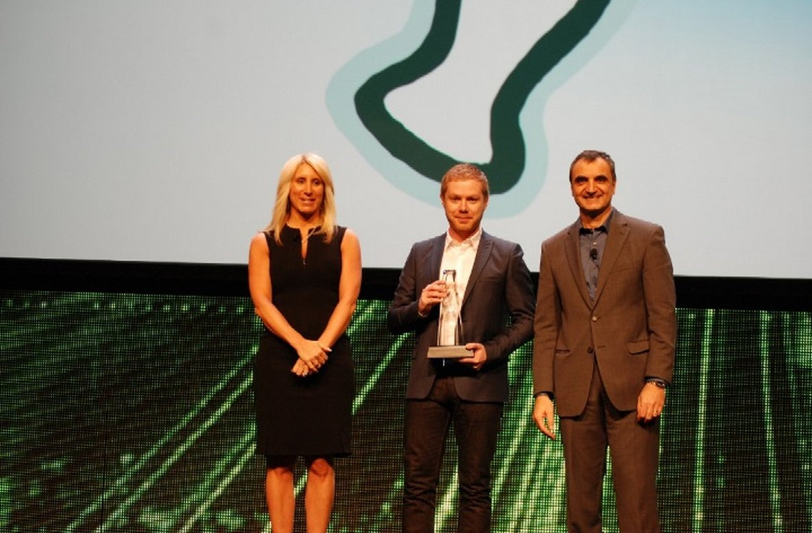 Salmon wins worldwide IBM Beacon Award