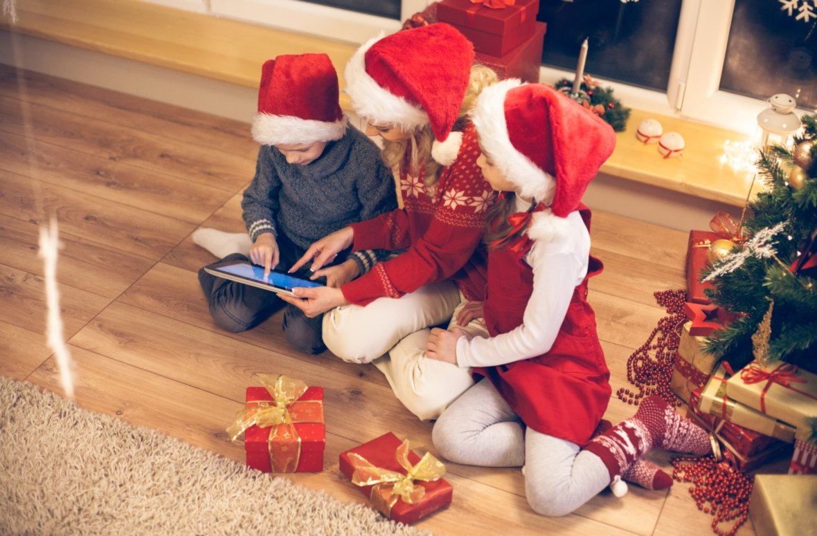 """O come all e-faithful!"" – UK shoppers turn to digital and mobile shopping as Christmas approaches"