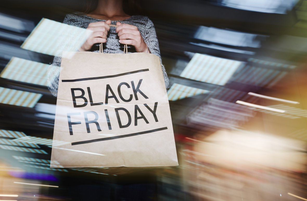 Shoppers' spending shifts from Christmas to Black Friday